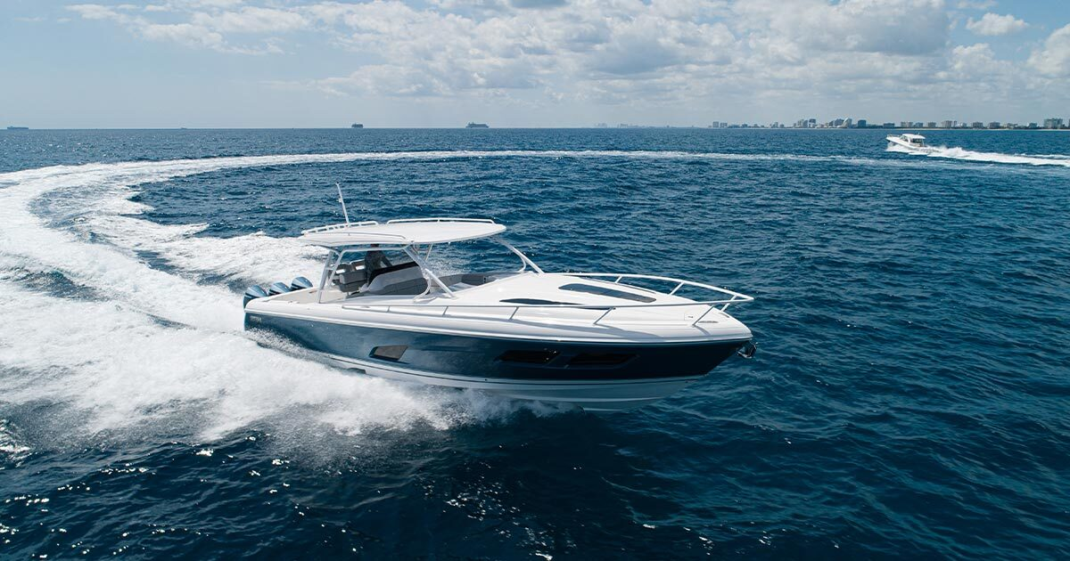 Stepped hull design - Unmatched Maneuverability